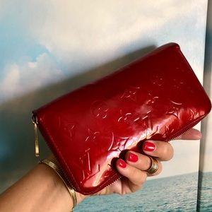 Louis Vuitton Monogram Vernis Long Zippy Wallet